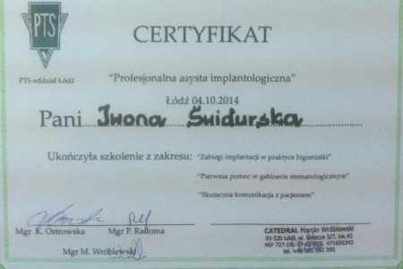 Certyfikat Profesjonalna asysta implantologiczna - Iwona Świdurska